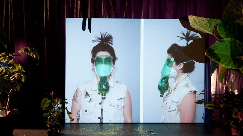 Pauline Boudry / Renate Lorenz, Toxic